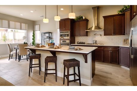 Kitchen-in-Residence 210i-at-RidgeView-in-Clovis