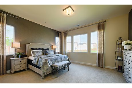 Bedroom-in-Residence 210i-at-The Highlands-in-Clovis