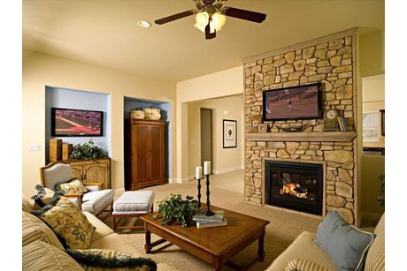 Greatroom-in-Residence 185i-at-RidgeView-in-Clovis