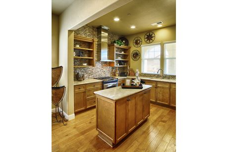 Kitchen-in-Residence 185i-at-RidgeView-in-Clovis