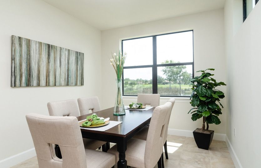 Dining-in-Egret-at-Del Webb Naples-in-Ave Maria