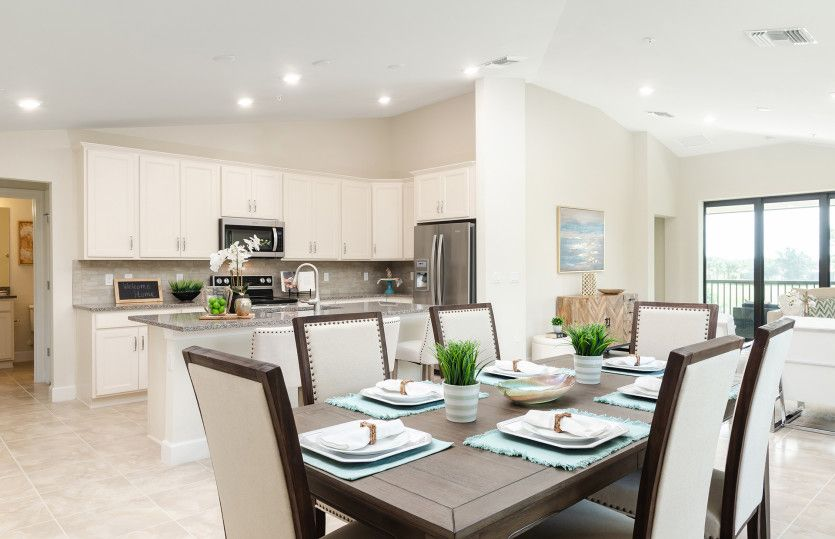 Kitchen-in-Spoonbill-at-Del Webb Naples-in-Ave Maria