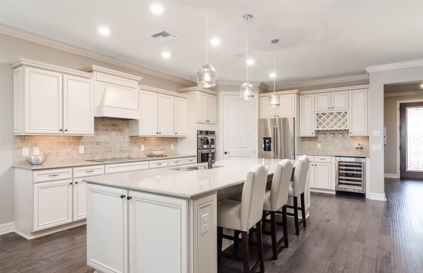 Kitchen-in-Pinnacle-at-Del Webb Naples-in-Ave Maria