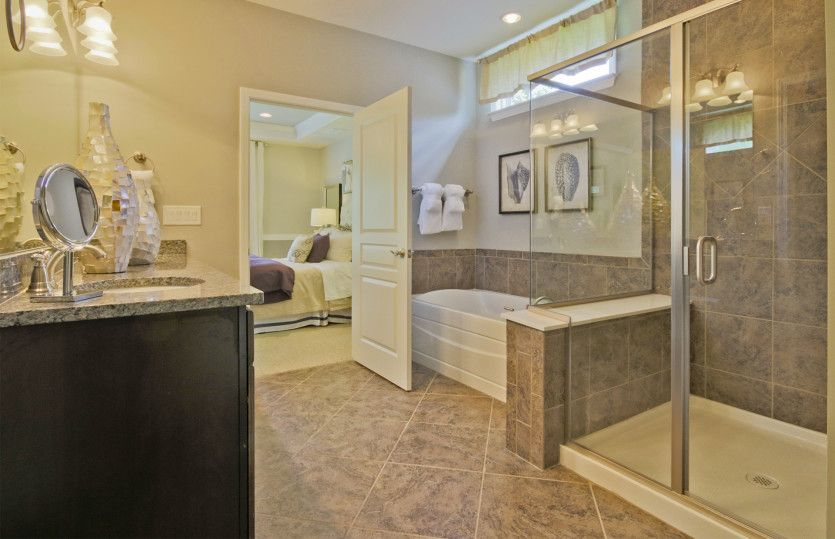 Bathroom-in-Dunwoody Way-at-Sun City Peachtree-in-Griffin