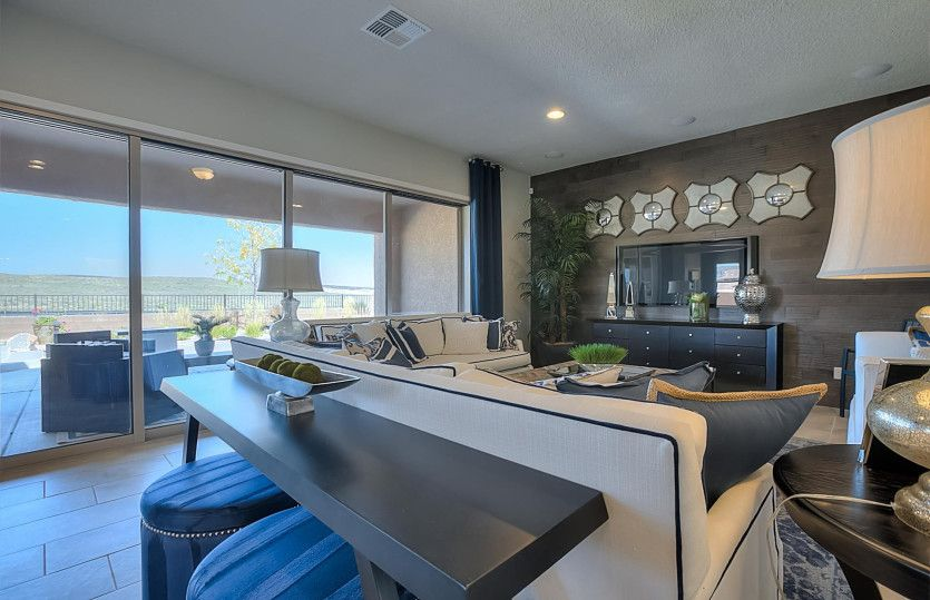 Dining-in-Journey-at-Del Webb at Mirehaven-in-Albuquerque