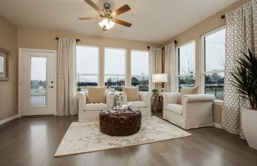 Living Area featured in the Martin Ray By Del Webb in San Antonio, TX
