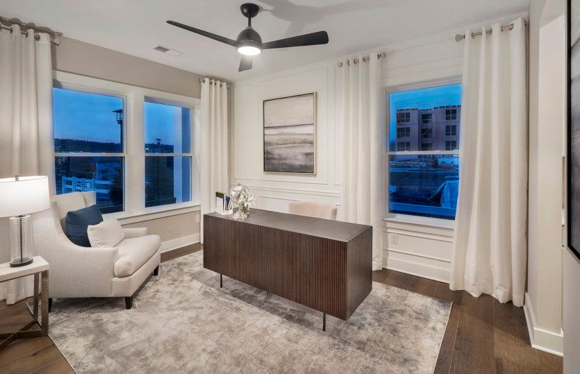 Living Area featured in the Martin Ray By Del Webb in Morris County, NJ