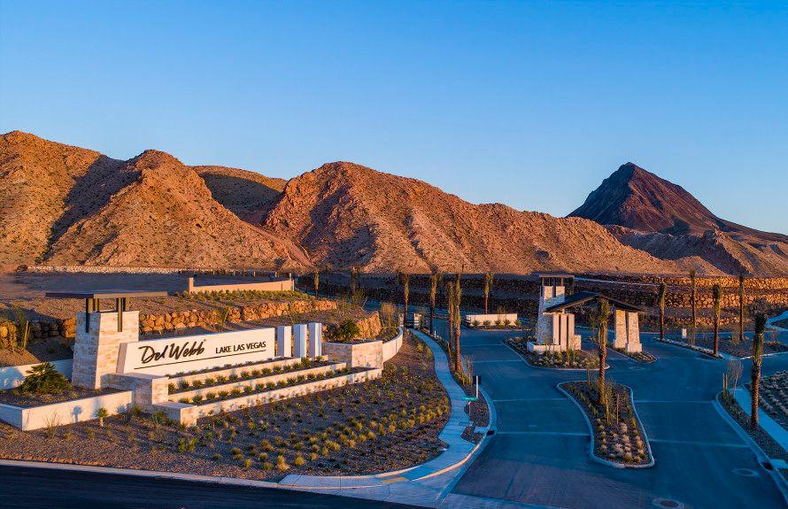 'Del Webb at Lake Las Vegas' by Del Webb - Nevada - Las Vegas in Las Vegas