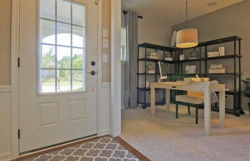 Study-in-Hill Crest-at-Del Webb at Lake Oconee-in-Greensboro