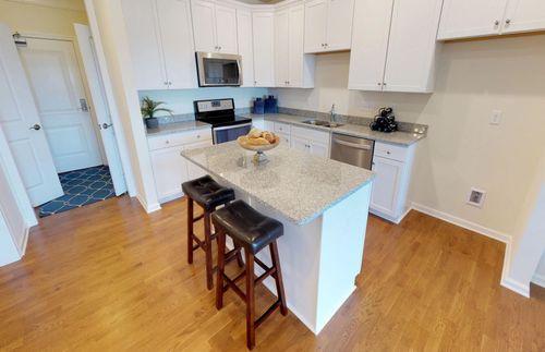 Kitchen-in-Hampton-at-Chauncy Lake-in-Westborough