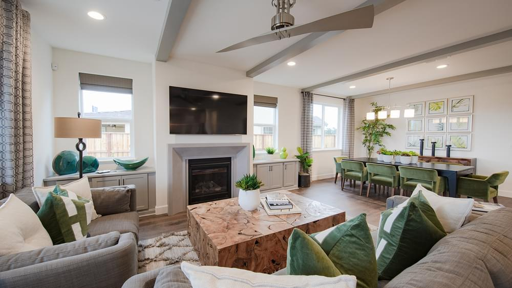 Greatroom-and-Dining-in-Residence 4-at-The Knolls at Allendale-in-Hollister