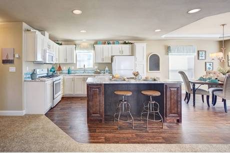 Kitchen-in-The Eagle-at-Desert Greens-in-Pahrump