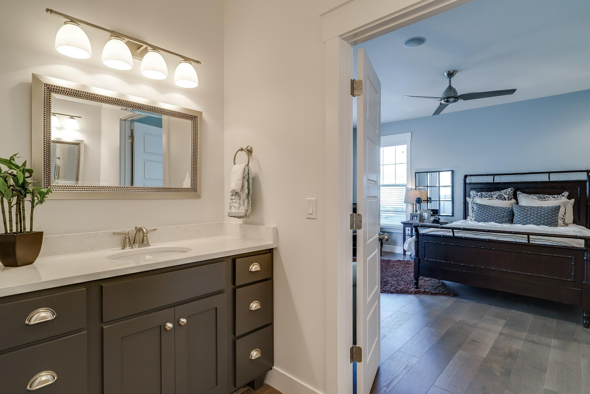 Bathroom-in-Linden-at-Hill Farms-in-Kaysville