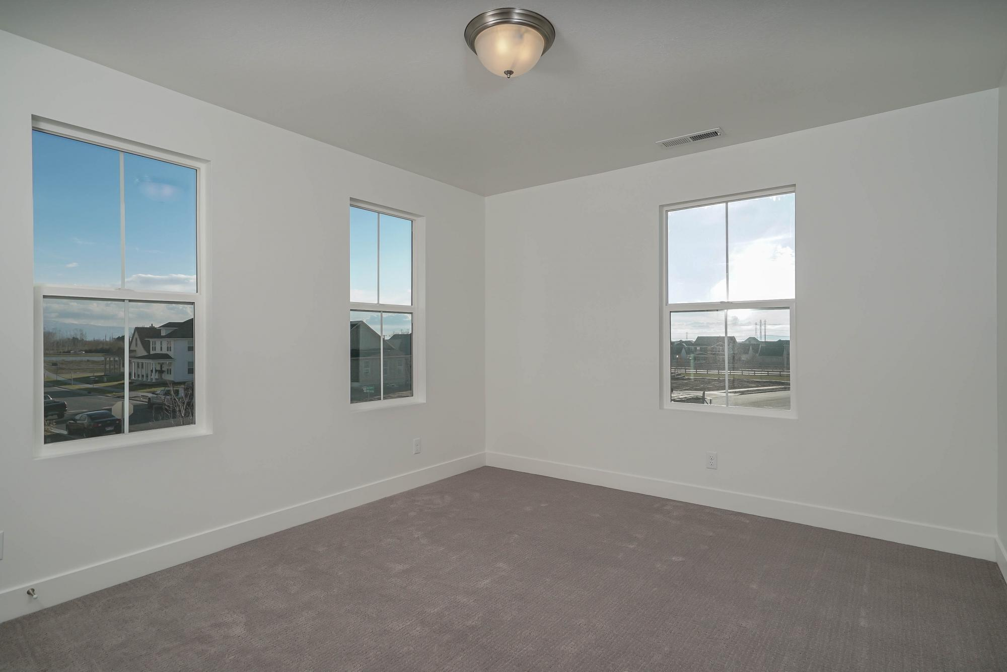 Empty-in-Alexandria-at-Hill Farms-in-Kaysville