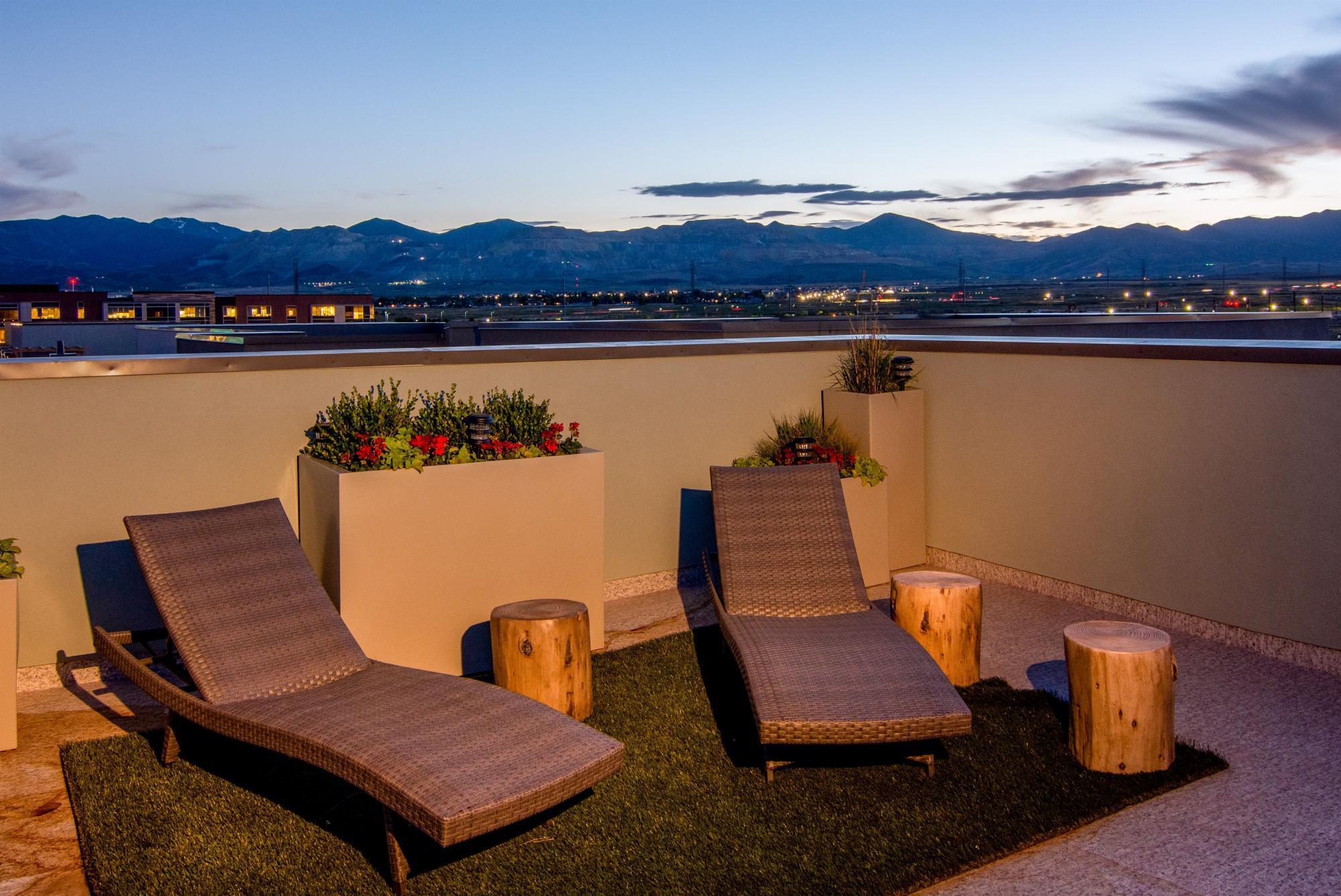 'Daybreak - Downtown Daybreak Townhomes' by Destination Homes in Salt Lake City-Ogden