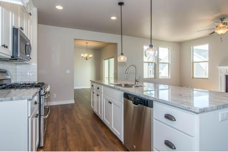 Kitchen-in-Applewood-at-Hill Farms-in-Kaysville