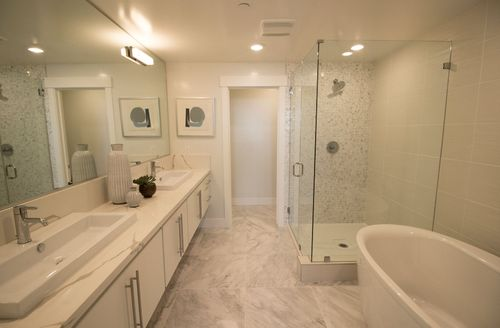 Bathroom-in-Residence 2-at-Skyview-in-Oakland