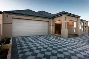 Distinguished Homes by Distinguished Homes in Chico California