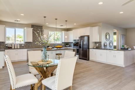 Kitchen Design Ideas in 85045 | 734 Pictures | HomLuv