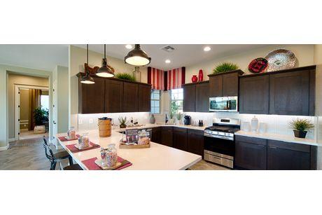 Kitchen-in-Juniper-at-Pronghorn Ranch-in-Prescott Valley