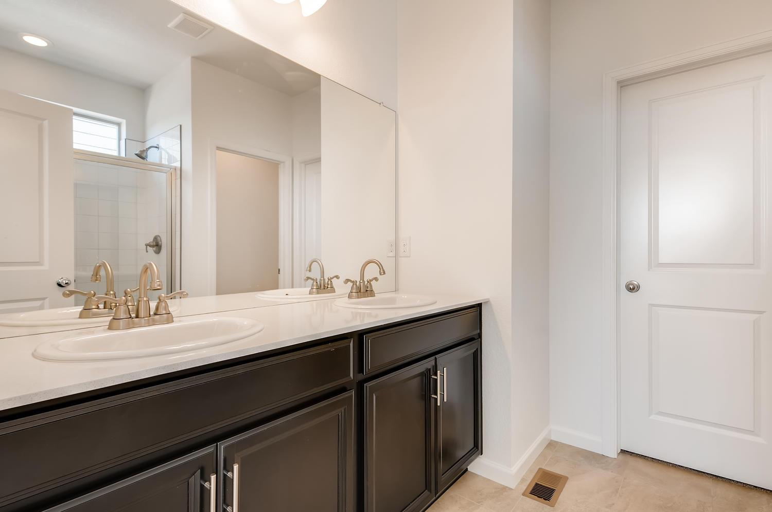 Bathroom featured in the Alpine By Dream Finders Homes in Denver, CO