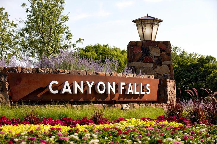 The Canyon Falls Entrance
