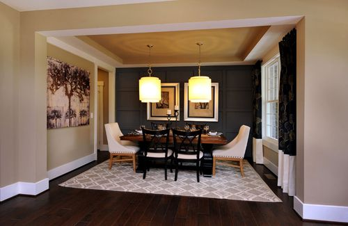 Dining-in-Buchanan-at-Bailey's at Glenmoor-in-Wake Forest