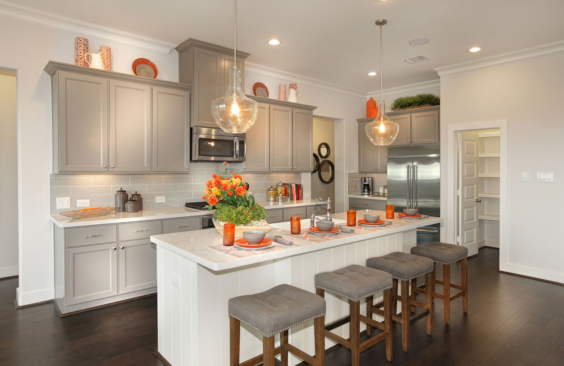 Kitchen-in-Parkhill-at-Summer Lakes-in-Rosenberg