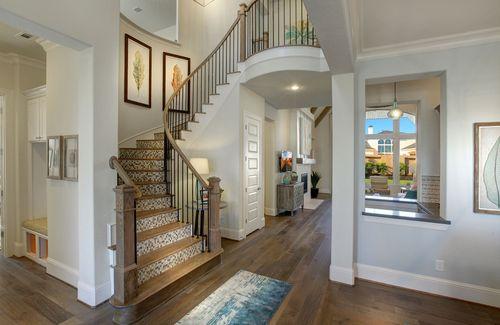Stairway-in-Elmsdale-at-Rough Hollow-in-Austin