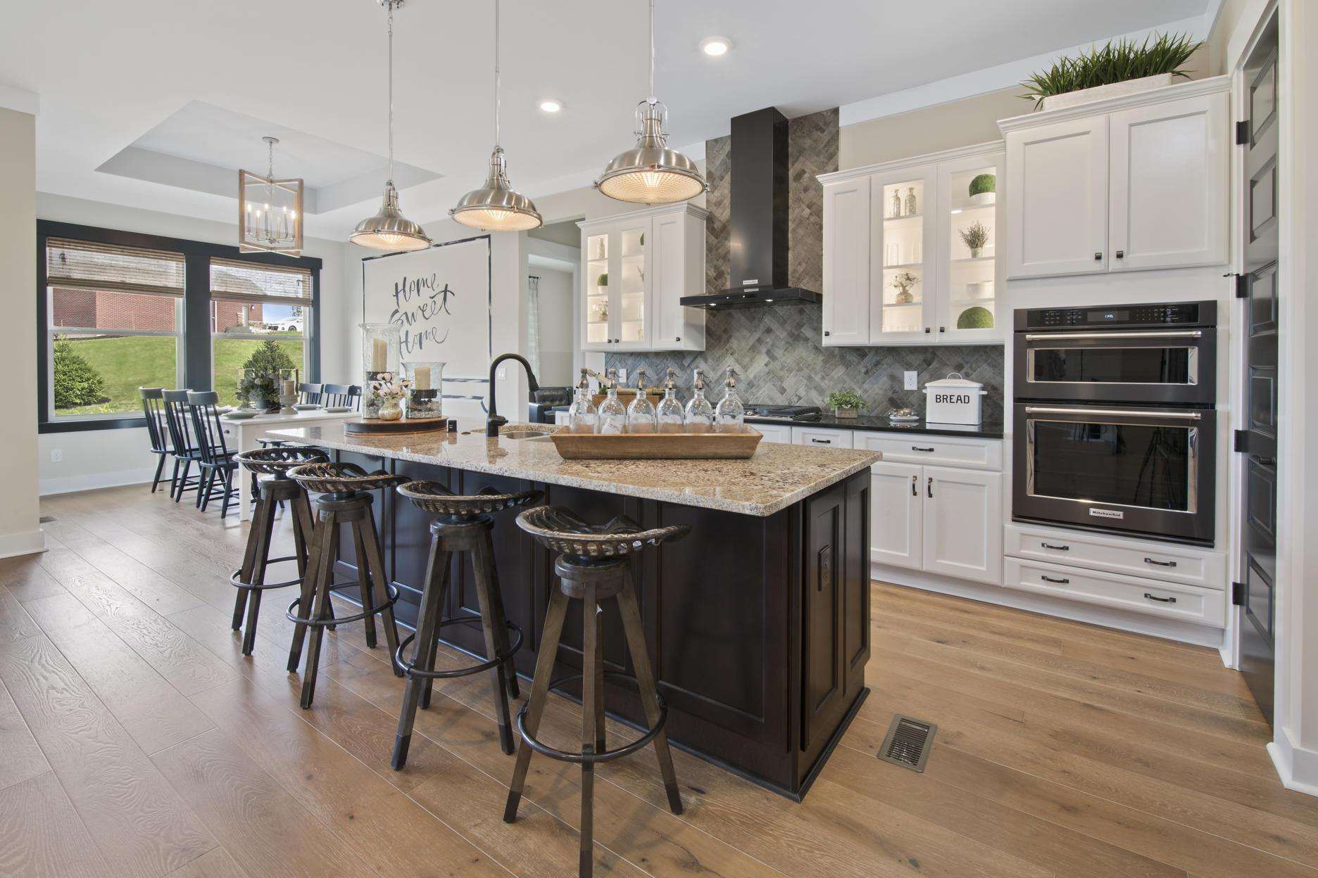 Kitchen-in-Lyndhurst-at-The Reserves of Carmelle-in-Mason