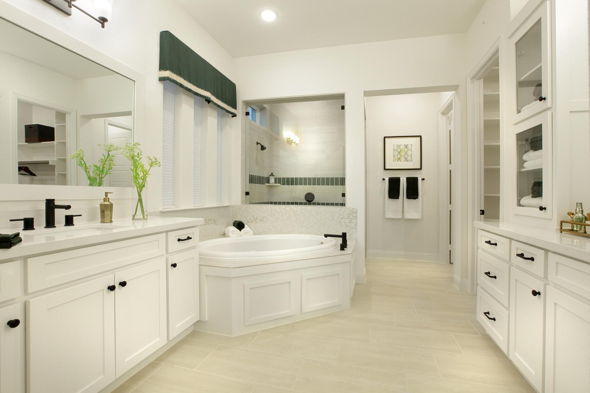 'Barcelona' by Drees Custom Homes in Dallas