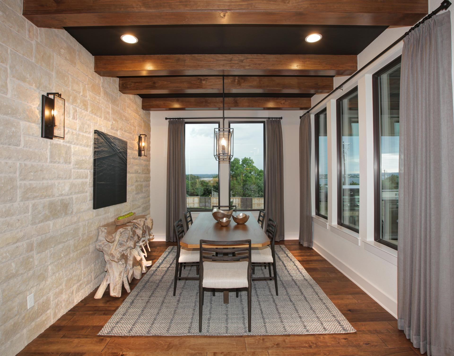 'The Summit at Lake Travis' by Drees Custom Homes in Austin