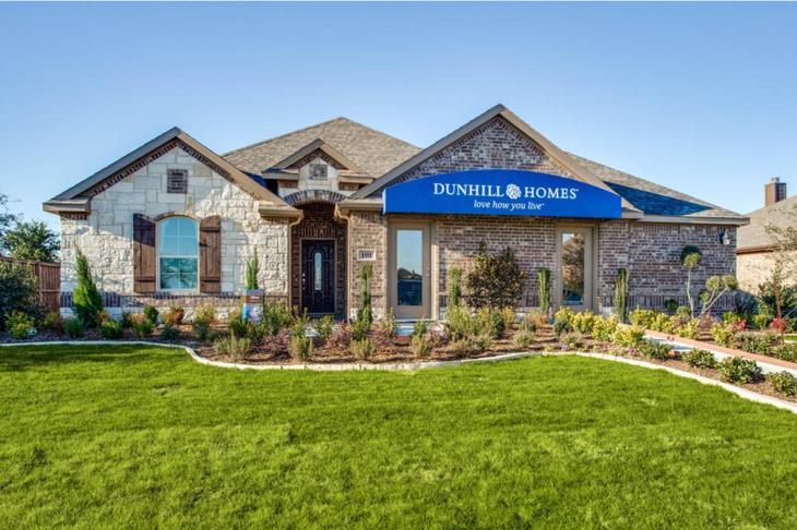 Dunhill Homes Oliver Model Home at Park Trails:Park Trails | Oliver Model Home | 101 Antler Drive Forney, TX