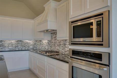 Kitchen-in-Manor-at-Woodcreek-in-Fate