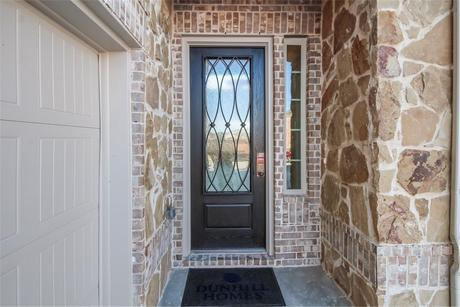 Front-Porch-in-Leighton-at-Valencia on the Lake-in-Little Elm