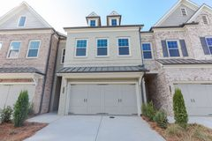 20046 Windalier Way (Albany Townhome)