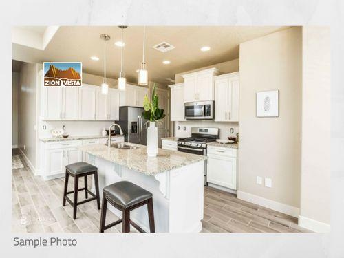 Kitchen-in-Riverside-at-Zion Vista-in-Zion National Park