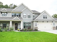 The Crestview - Shadow Glen: Lansing, Michigan - Eastbrook Homes Inc.