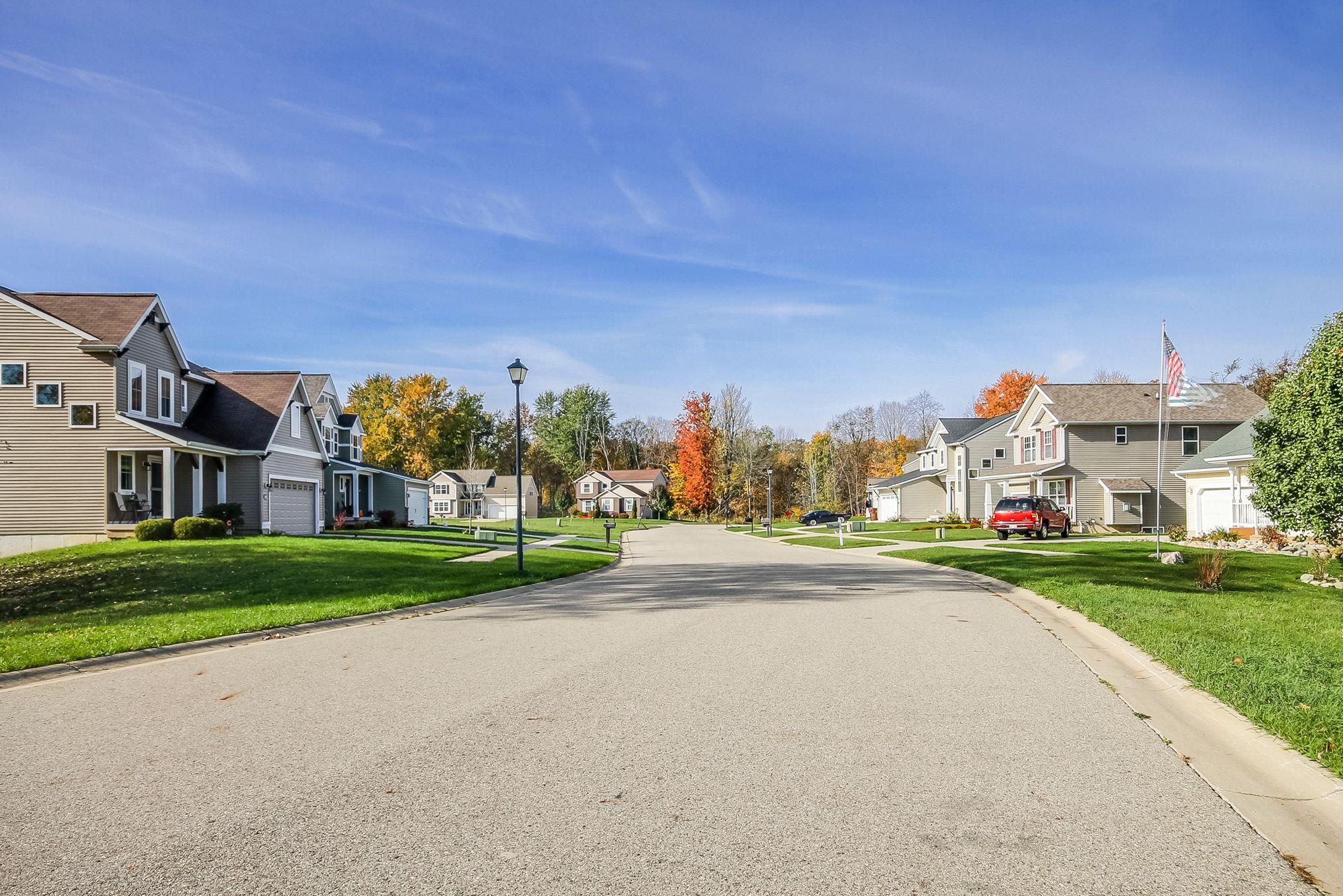 'Grand Meadows' by Eastbrook Homes Inc. in Lansing