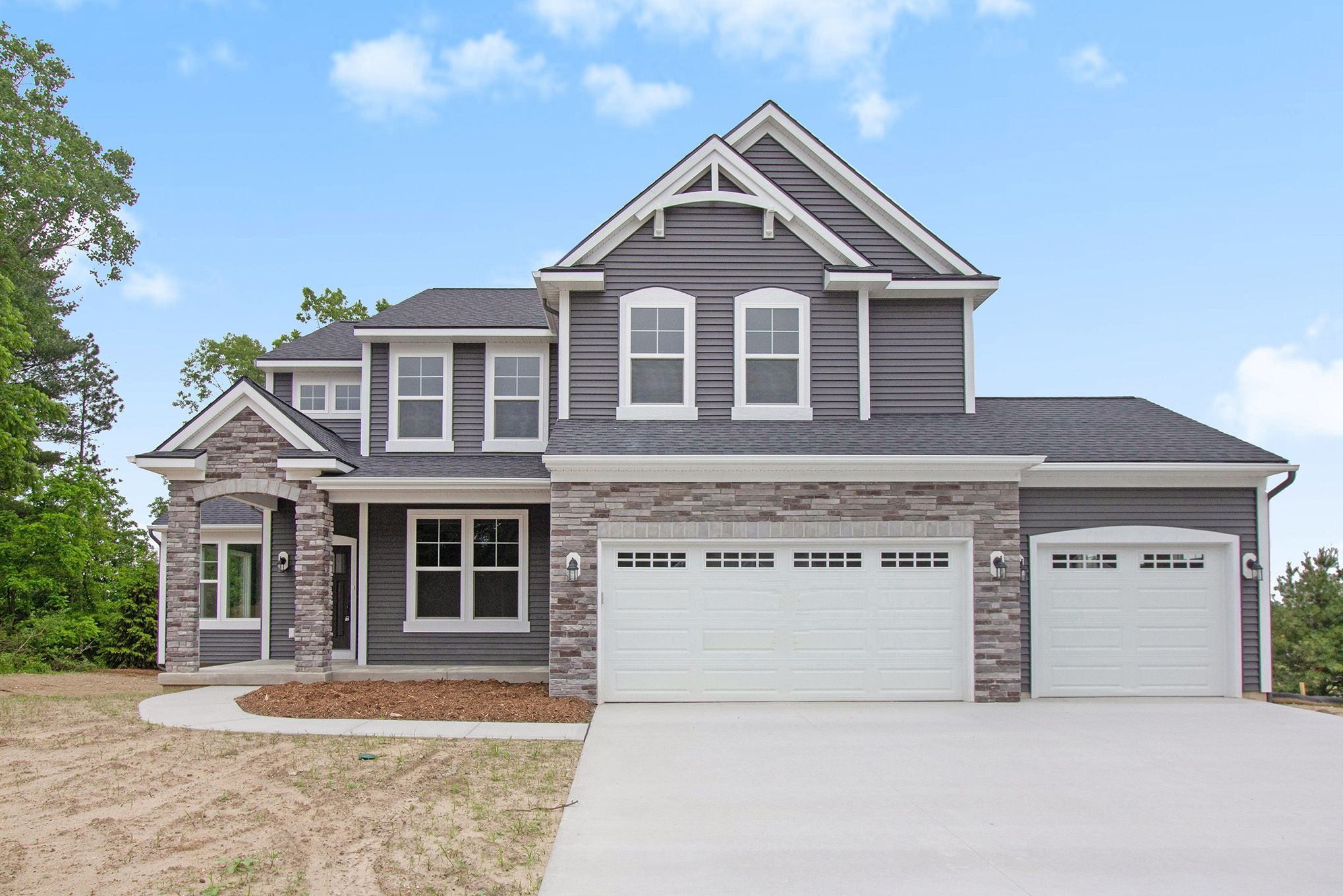 'Whitehills Lakes South' by Eastbrook Homes Inc. in Lansing