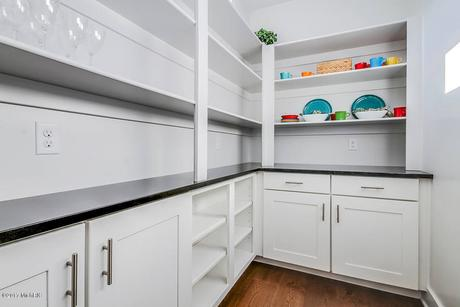 Pantry-in-The Newport-at-Preservation Lakes-in-Byron Center