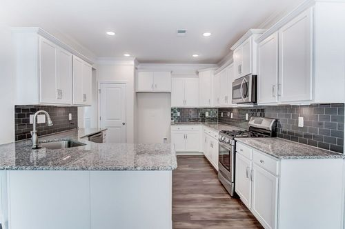 Kitchen-in-McDowell-at-Covington at Lake Norman-in-Denver