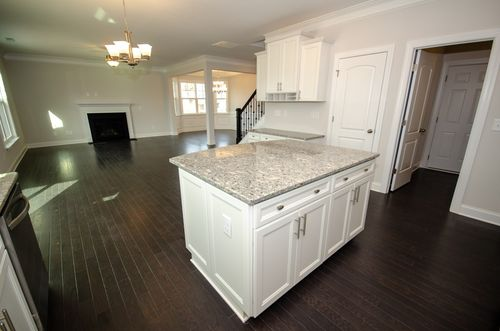 Kitchen-in-Drexel-at-Magnolia Glen Estates-in-Mebane