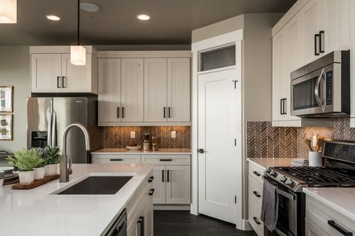 Kitchen-in-Nora - Two Story-at-The Ridge-in-Saratoga Springs