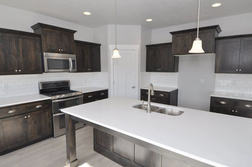 Kitchen-in-Katrina - Rambler-at-Brandon Park-in-Eagle Mountain