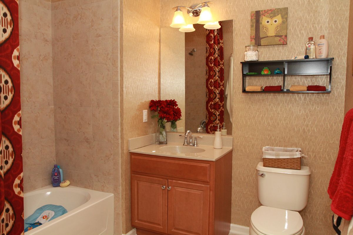 Bathroom featured in The Buckingham I By Edgewood Properties in Mercer County, NJ