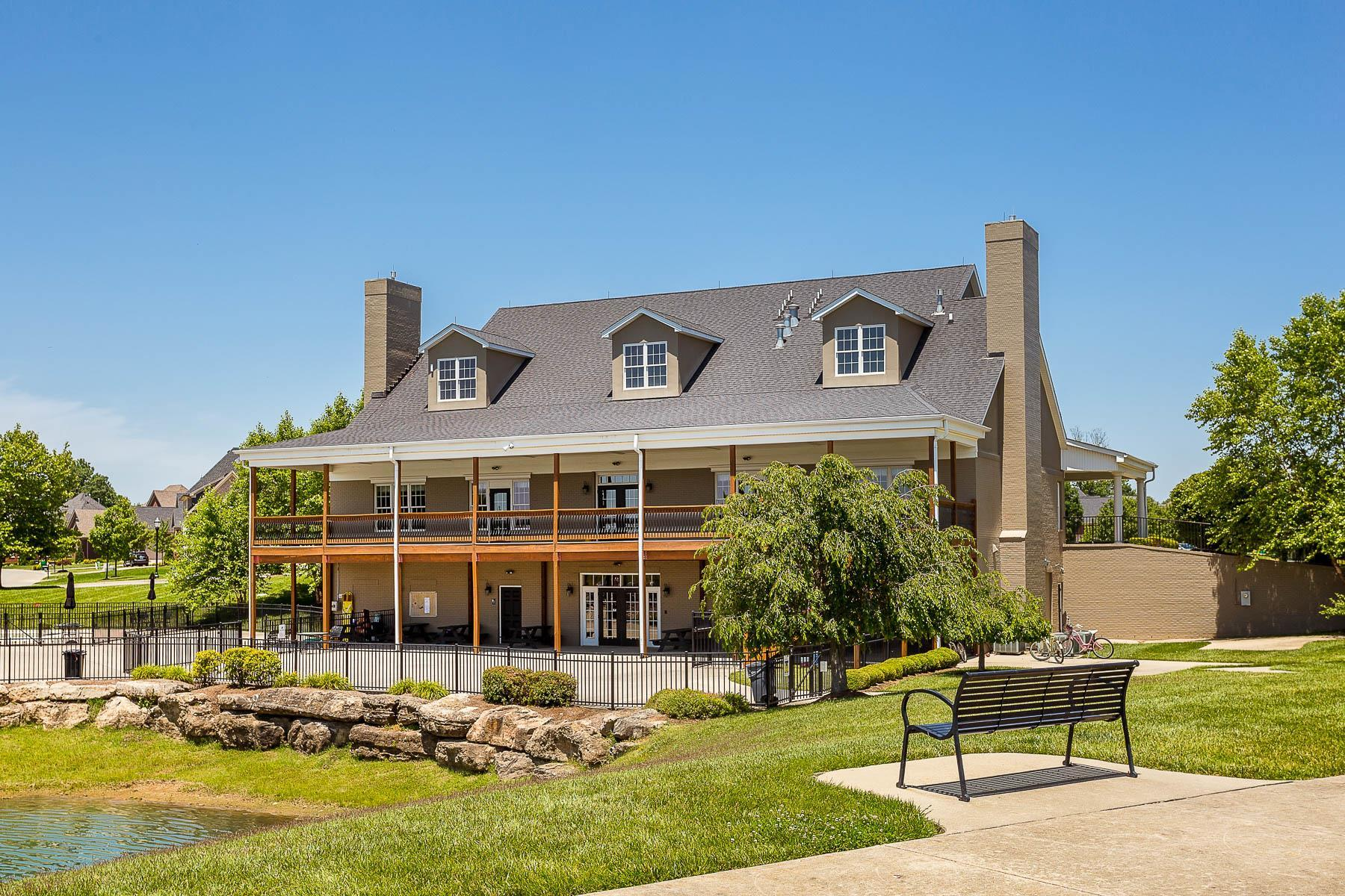 'Little Spring Farm' by Elite Built Homes LLC. in Louisville