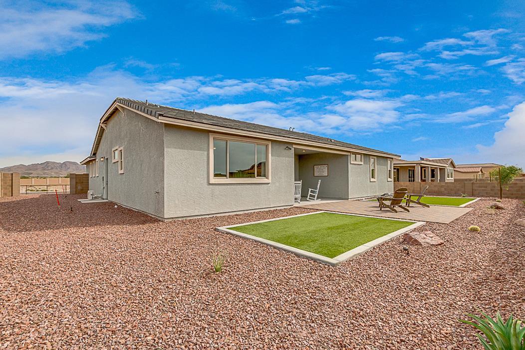 Exterior featured in the Plan 3102 By Elliott Homes - Arizona in Yuma, AZ