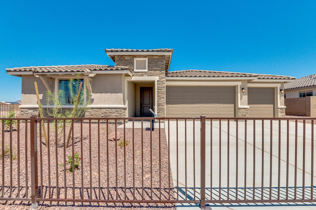 Exterior featured in the Plan 2342 By Elliott Homes in Yuma, AZ