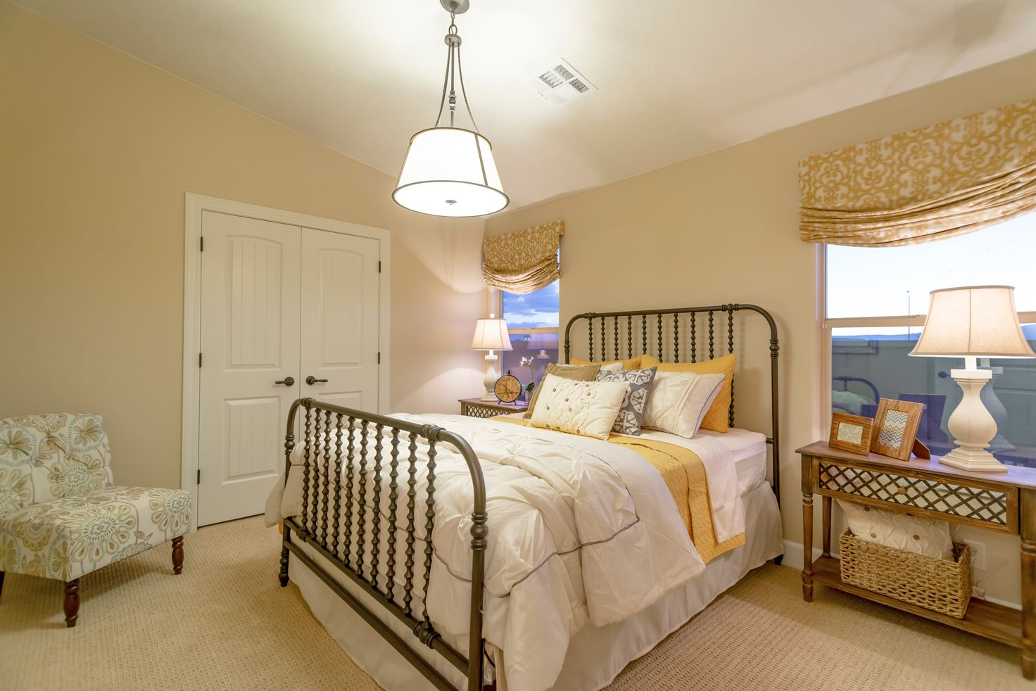 Bedroom featured in the Arroyo Plan 1872 By Ence Homes in St. George, UT